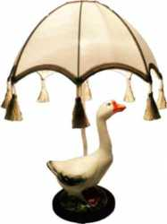 "Г00446659 Наст. лампа ""Гусь"", Е-14, дерево, керамика, абаж. ""Зонтик"" 300*50*150 стрейч-атлас крем"