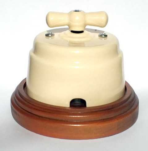 """Выключатель 1-2 кл. поворотный керамический interior electric, серия """"арбат"""", 220/10а, сл. кость ВПК-02-2"""