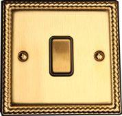 Возвратный одноклавишный проходной выключатель TJ Electric СМЕ2561-2-MBR