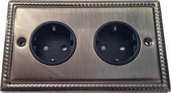 Двойная розетка с заземлением и шторками Balfour Grand D4302AB