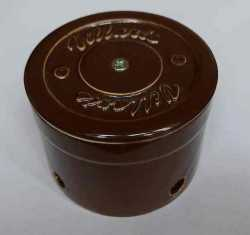 Керамическая распаечная коробка D80 H55 Villaris 2110002, цвет - коричневый, , Кратность заказа: 1, Гарантия: 12 месяцев, Тип изделия: Распределительная коробка, Цвет: Коричневый, Тип монтажа: Открытый, Материал корпуса: Керамика, Единицы измерения: штуки, Артикул производителя: 2110002, Производитель: Villaris, Страна: Россия