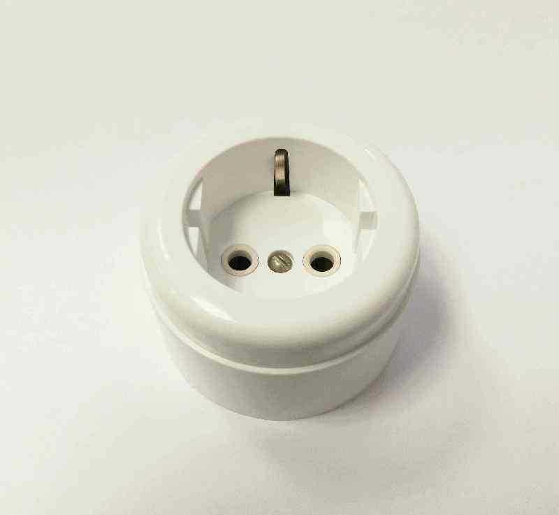 Interior Electric Розетка с/з, о/у, 16А, ABS, white (белая)